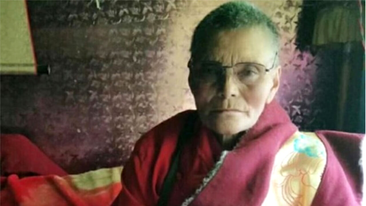 遭拘押的丹增唯色母亲莫兰吉(受访人提供)