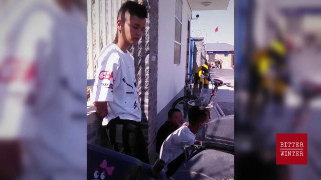 中国:新疆儿童被迫骨肉离散