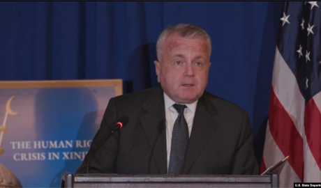 美国国务院常务副国务卿沙利文在讨论会上发言