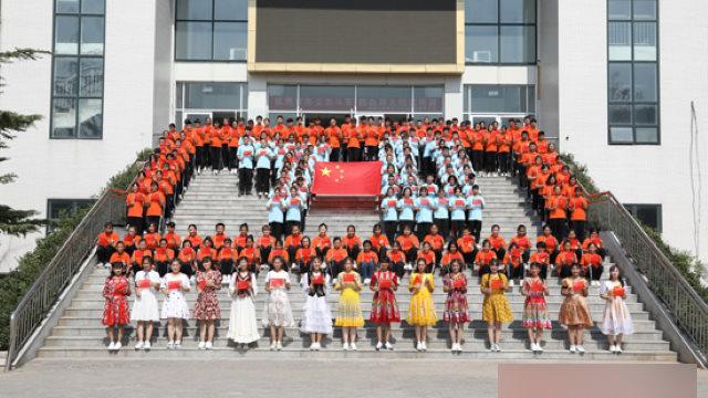 新疆内高班真如中共说的那么好?学生叹如坐牢又不敢退学