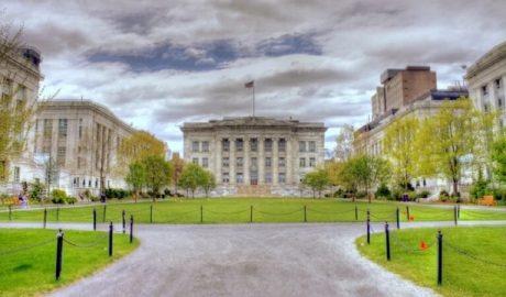 哈佛医学院
