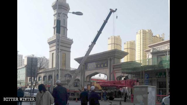 疫情中清真寺再遭中国化    消息人士:临夏将减400座清真寺