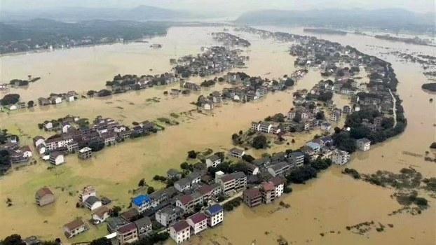 中国面临数十年最严重洪灾 官方消极应对?