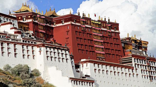 人权组织和国际社会谴责中共对藏人的强迫劳动政策
